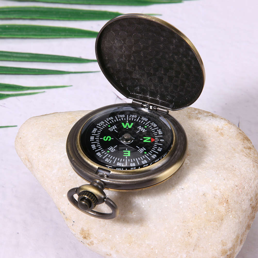 Vintage Metal Pocket Compass Outdoor Camping Hiking Survival Compass Gift
