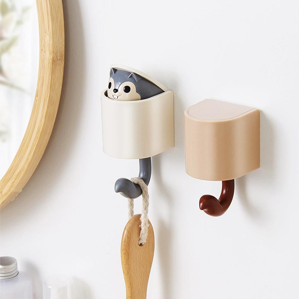 1pc Outstretch Squirrel Hook Coat Hook Wall Home Keys Hats Holder (Grey)
